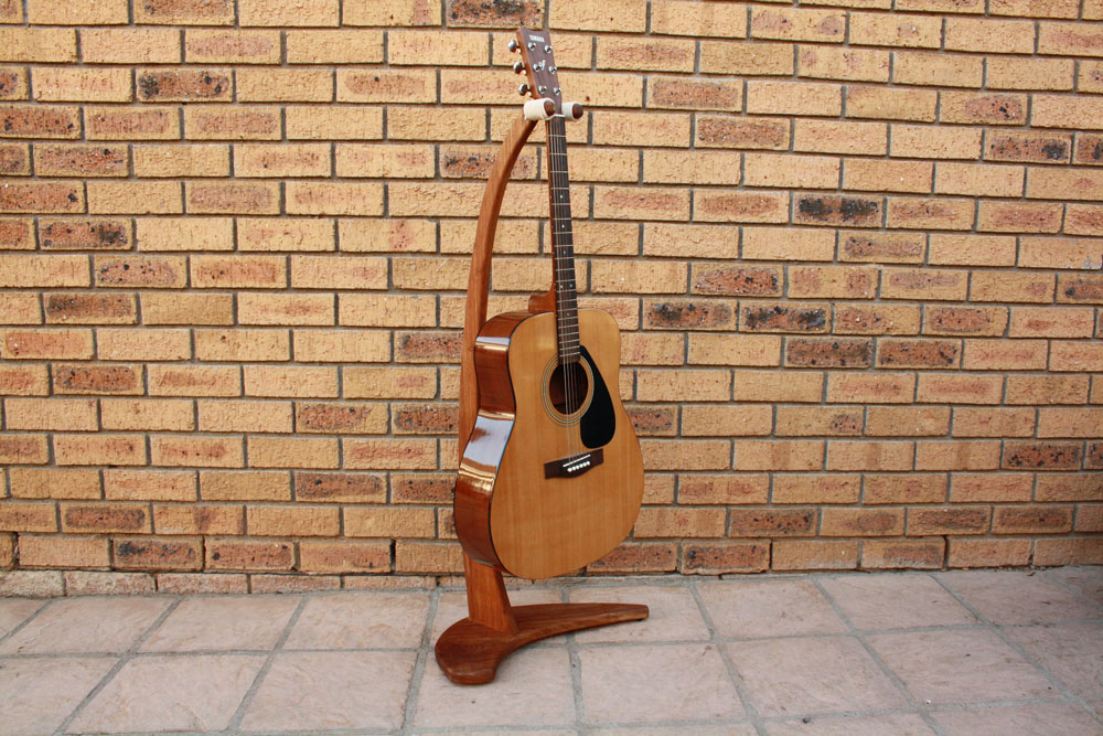 Diy Wooden Guitar Stand With Basic Power Tools Woodwork Junkie