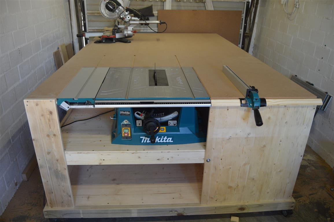 No Clash Miter Saw Installed To Table Saw Outfeed Table